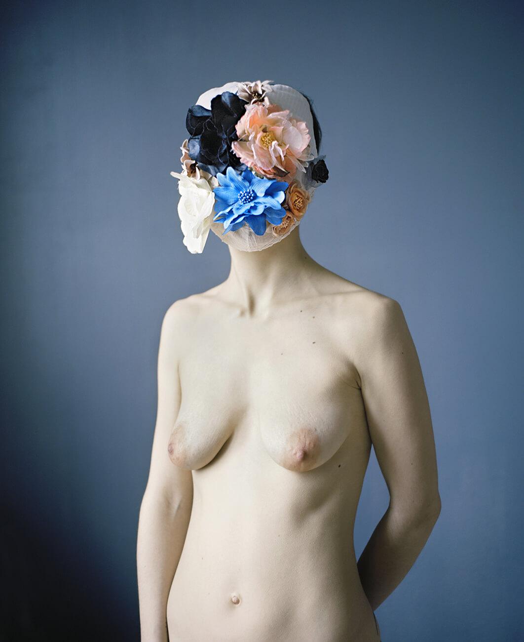 Marie Hudelot - Camouflage aux Fleurs