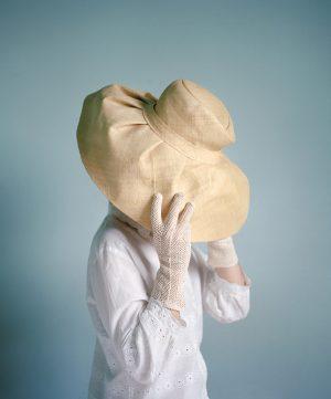 Camouflage au chapeau